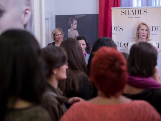 Rasfat pentru mame bloggerite la Shades Beauty Lounge. Eveniment organizat de Replica Vedetelor Events