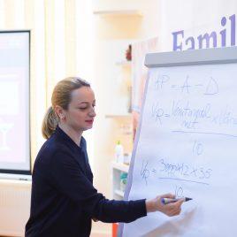 Digital-Parents-Talks-12-Scoala-de-Bani-Bcr-Parenting-PR-Lidl-Bucuresti-fotografie-Mihai-Raitaru-martie-2018 (59)